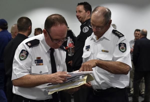 Australian Firefighters Arrive on Western U.S.