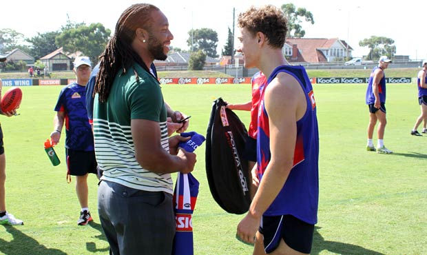 Larry Fitzgerald Visits Western Bulldogs